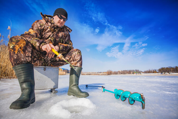 Ice Fishing: Ultimate Guide With All You Need to Know!