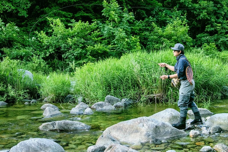 How To Fly Fish in river